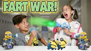 MINION FART WAR!!! Minion MiP Turbo Dave Battle! Return of the Fart Blaster!