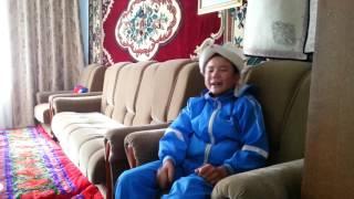 Кыргыз бала ачуу чындыкты ырдап жатат!