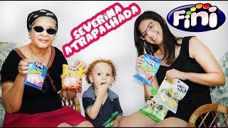 EXPERIMENTANDO DOCES FINI - Cadu, Dany  e Severina Atrapalhada - Balas Fini