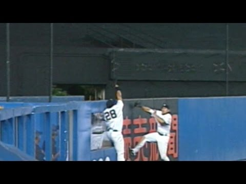 Melky robs Manny of game-tying home run