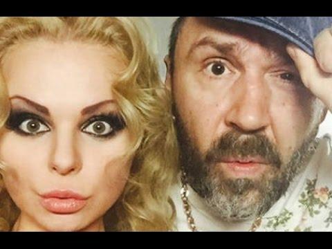 Шнуров  уволил  солистку  группы Ленинград  Алису Вокс