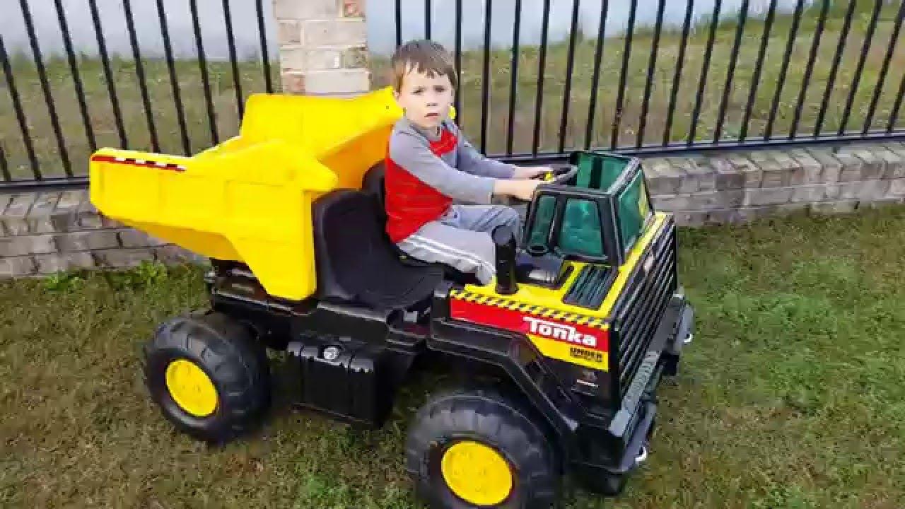 Garbage Truck Power Wheels : Kids ride on tonka dump truck in action v power wheels