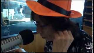 FM OSAKA 「OSAKA MORNING VIEW」DJ鈴木しょう治がハロウィンに!? 赤松悠実 検索動画 18