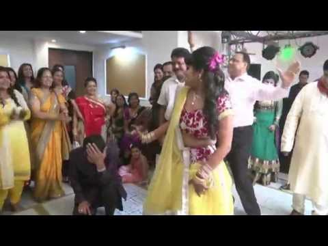 My Wedding sangeet Dance - Just love it :) Sone ki Tagdi !!!