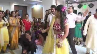 My Wedding sangeet Dance - Just love it :) Sone ki Tagdi !!!