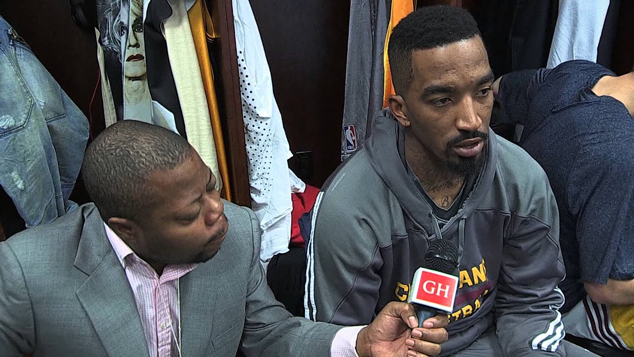 JR Smith on differences between playing with Carmelo