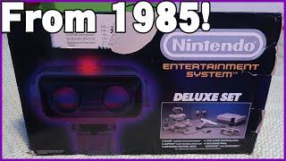 Unboxing the 1985 NES Deluxe Set