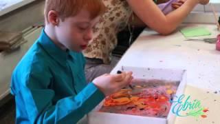 Уроки рисования на воде эбру для детей с ограниченными возможностями в Красноярске