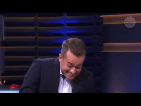 Outtake: Grant Denyer gets the giggles! - Family Feud Australia