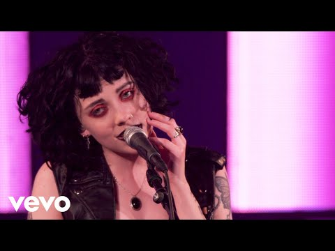 Pale Waves - There's A Honey (Live) - Vevo @ The Great Escape 2018