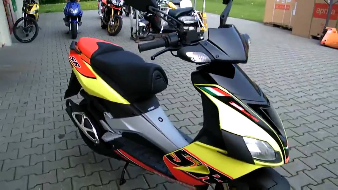 aprilia sr 50 r 2010 roller gelb virtual youtube. Black Bedroom Furniture Sets. Home Design Ideas