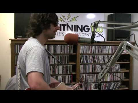 Pete Yorn - Don't Wanna Cry - Live on Lightning 100