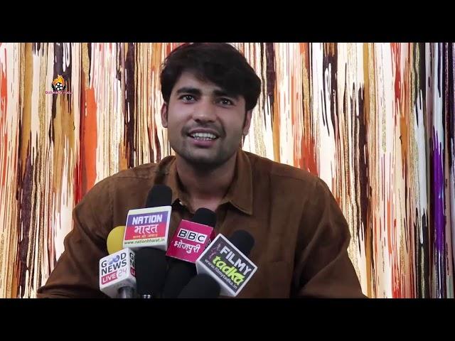 अजना सिंह के साथ एक साथ तीन फिल्मो में मनमोहन मिश्रा