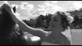 Свадебный фильм: выход из загса.mp4