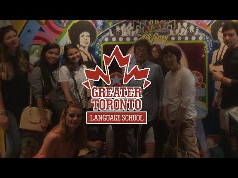 International Students from an English School in Mississauga Visit Toronto