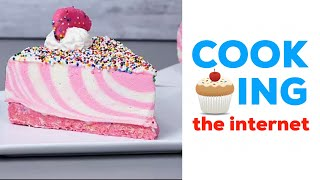 Cooking the Internet #1 - Circus Animal Cheesecake