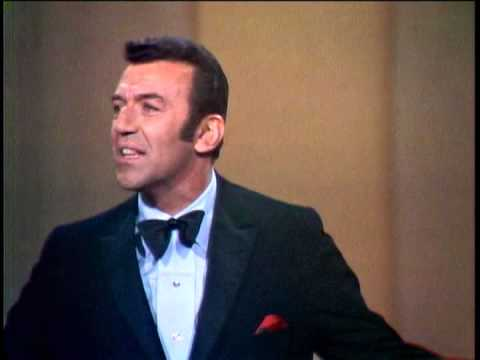 Norm Crosby on The Dean Martin