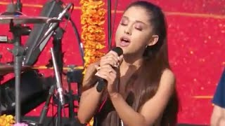 """Ariana Grande and Coldplay Perform """"Just A Little Bit Of Your Heart"""" Global Citizen! (Be Yourselfie)"""
