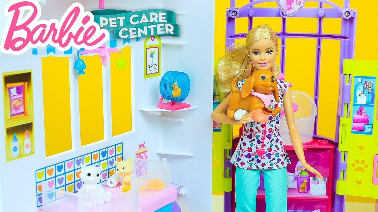 Veteriner Barbie Minik Köpeğe Alçı Yapıyor | Vet Barbie Tiny and Sick Dog