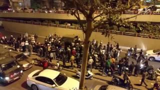 Hà Nội : người dân bao vây cảnh sát gây hỗn loạn cả phố trong đêm