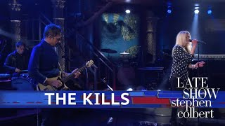 The Kills Perform 'List Of Demands (Reparations)'