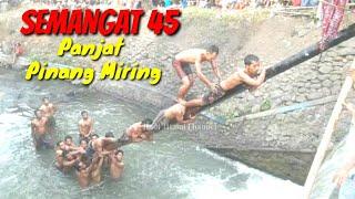 Download Video Panjat Pinang Miring Bikin Ngakak...HUT RI Ke 73 2018 MP3 3GP MP4