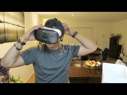 Virtual Reality Headset for Smartphones!!! (EVO VR)