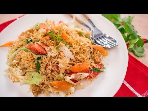 Instant Ramen Noodle Stir-Fry Recipe – Pad Mama ผัดมาม่า | Thai Recipes