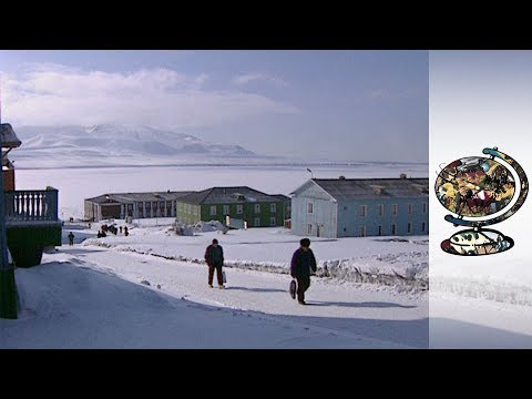 The Enchanting Arctic Island of Spitzbergen (1999)