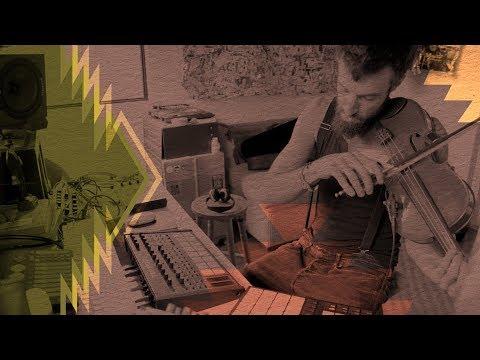 Quixosis on MASCHINE - Fusing Acid House and San Juanito | Native Instruments