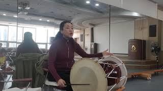 가요장단 배우기, 울어라 열풍아, 부산 초읍 새마을금고