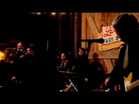 Steve Riley and the Mamou Playboys ~ La Danse de Mardi Gras