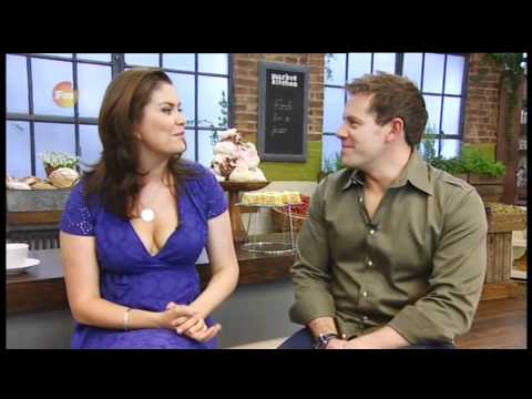 Amanda Lamb Blue Dress Cleavage Youtube