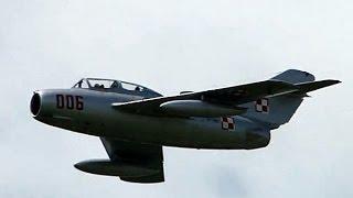 Mig-15 - display - polska wersja SB Lim-2 - pokazy lotnicze Góraszka 2010