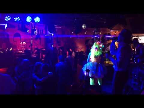 Клуб-ресторан ЛУННЫЙ СВЕТ - Звездная пыль: Космический ультрафиолетовый уикенд