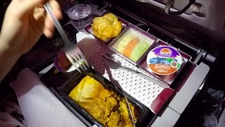 [✈︎TRIP REPORT✈︎] Surviving the red-eye on QATAR AIRWAYS || B787-8 Dreamliner || + Lounge