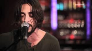 "Ryan Bingham ""Bread And Water"" || Knust Acoustics"