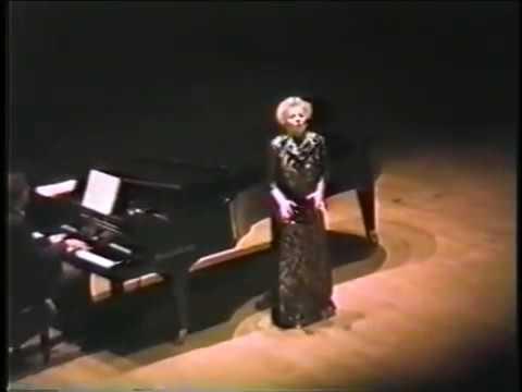 Magda Olivero  Encores