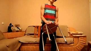 #1 Как накачать трицепс дома.(Всем привет! В этом видео я подробно расскажу, как накачать трицепс двумя упражнениями в домашних условиях...., 2014-08-30T10:18:19.000Z)