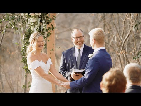 intimate-backyard-wedding-ceremony-|-getting-married-in-covid-19-|-wilhite-larson-wedding-april-2020