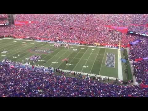 "Florida Gator Fans Sing ""I Won't back Down"" AWESOME Tribute to Tom Petty (2017)"
