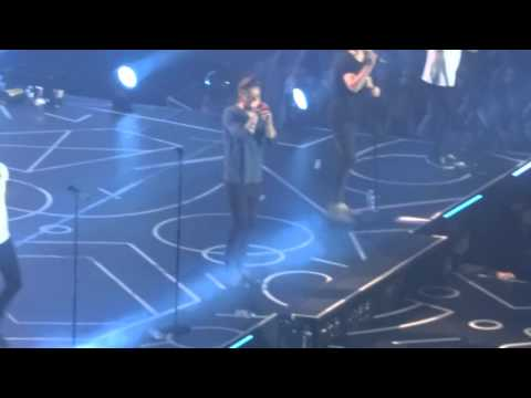 One Direction - Perfect  - Sheffield Arena 30.10.15