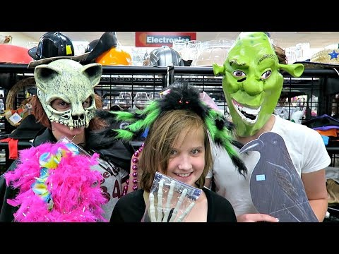HALLOWEEN COSTUME SHOPPING HAUL! FAMILY FUN and BARGAINS AT GOODWILL!!