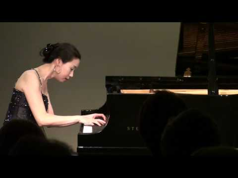 Young-Hyun Cho - Debussy Estampes, II. La soiree dans Grenade (Evening in Granada)