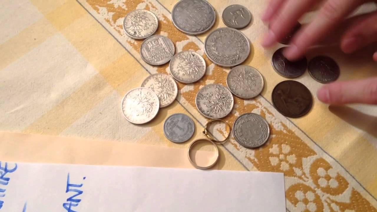 Astuce pour reconnaitre l 39 or ou l 39 argent test de l 39 aimant youtube - Comment nettoyer un bijou en argent ...