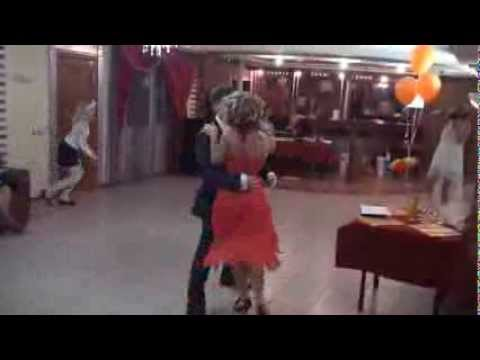 Свадебное танго молодоженов