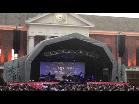 Ludovico Einaudi (Live) - Royal Hospital Chelsea - 18 June 2017 - Divinere