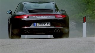 Porsche 911 Carrera 4S Coupe 2013 Videos