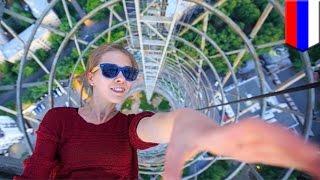 Extreme selfies: Angela Nikolau, Russian Instagram star, takes daring selfies from the sky - TomoNew
