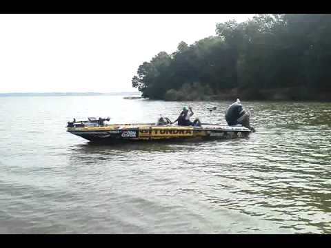 Mike iaconelli city limits fishing decatur al wheeler for Wheeler lake fishing report